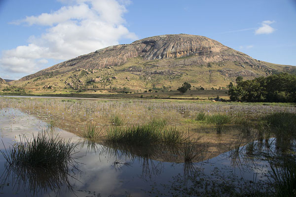 Mountain near Anja reflected in the lake | Anja | Madagaskar