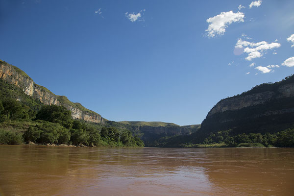 The beginning of the Manambolo gorge | Manambolo river descent | Madagascar