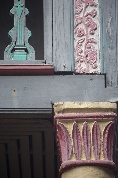 Foto di Carved and painted details of the summer palace of Queen Ranavalona I - Madagascar - Africa