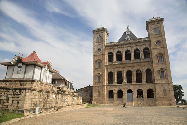 The courtyard with the royal tombs on the left and the Manjakamiadana at the far end | Rova Palace | Madagascar