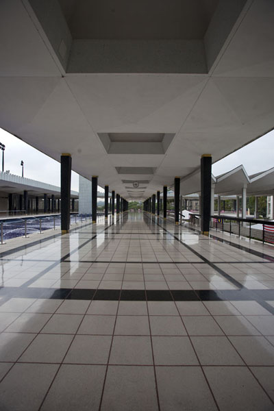 Picture of Masjid Negara (Malaysia): Tiled open-air corridor leading to main prayer hall and tombs of former presidents