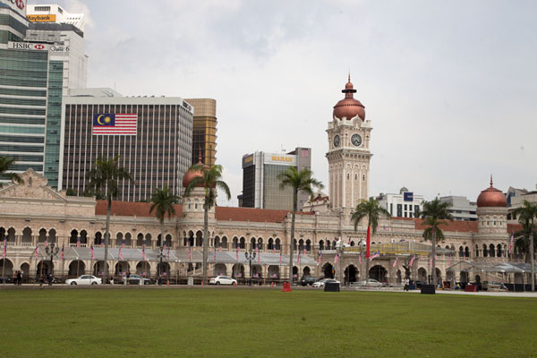 Photo de Merdeka Square with the Sultan Abdul Saman buildingPlace Merdeka - Malaise