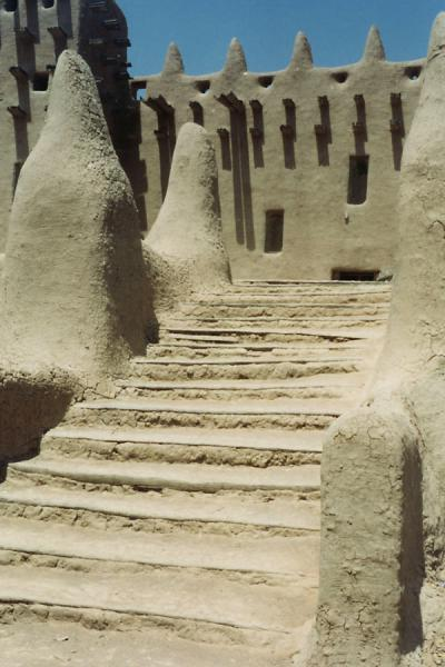 Adobe stairs at the Great Mosque of Djenné | Djenné Great Mosque | Mali