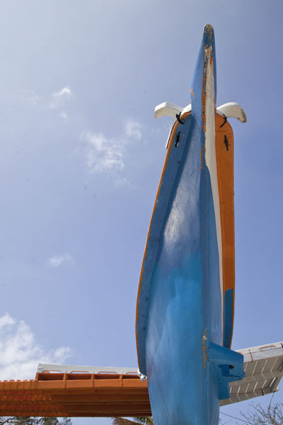 Picture of WAM traditional Marshallese canoes (Marshall Islands): Bow of a traditional Marshallese canoe seen from below