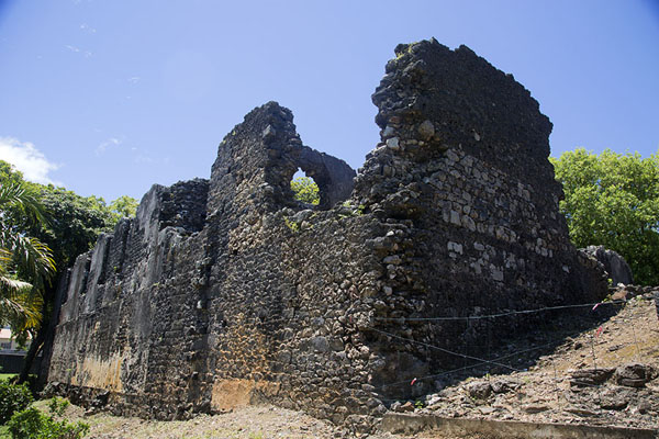Ruins of the French fort that was constructed on top of the Dutch one | Fort Frederik Hendrik | Mauritius
