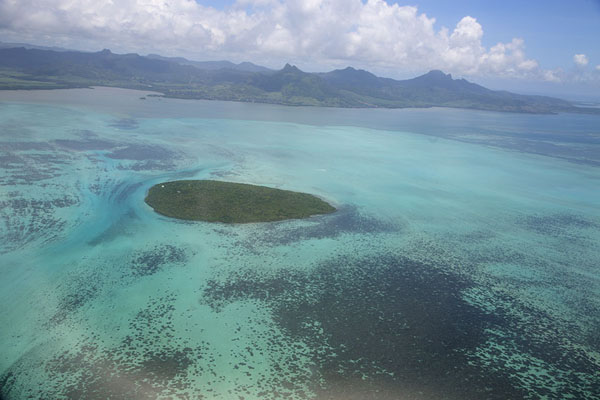 Foto van Ile aux Aigrettes seen from the skyIle aux Aigrettes - Mauritius