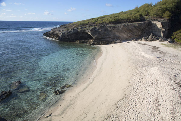 Thw wide beach of Anse Philibert in the early morning | Rodrigues beaches | 模里西斯