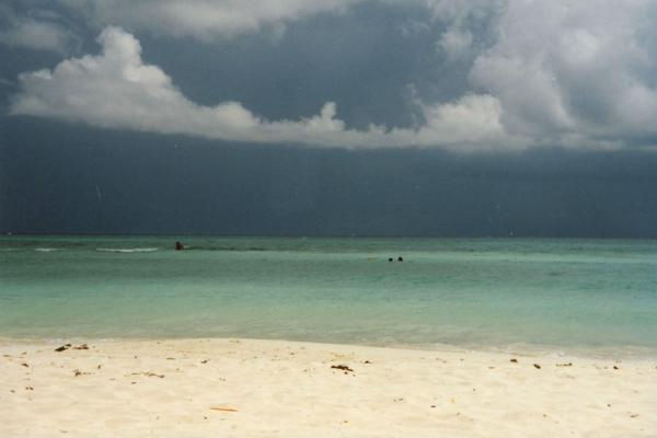 Dark clouds over the tropical waters of Playa del Carmen | Playa del Carmen | Mexico