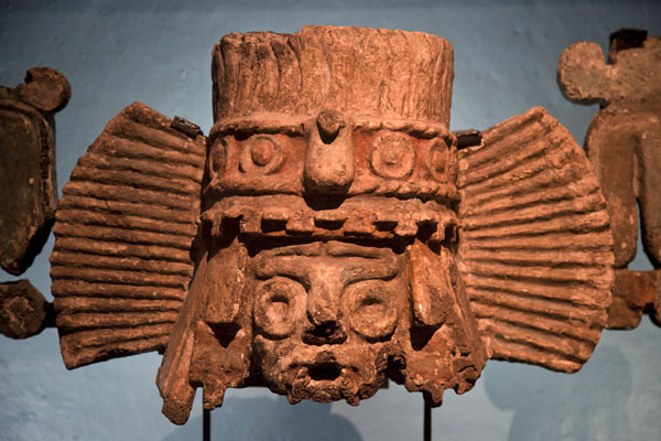 Foto di Brazier depicting Tlaloc on display in the museum of the Templo MayorCitta del Messico - Messico