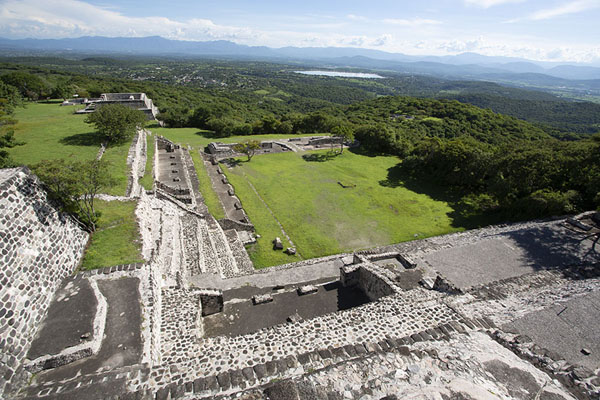 View from the Temple of the Three Stelae towards the south | Xochicalco | Messico