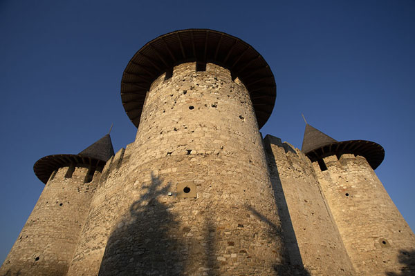 Picture of Soroca Fortress (Moldova): Soroca Fortress: watchtowers and thick walls