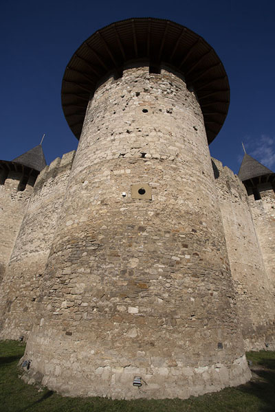 Frontal view of the entrance of Soroca Fortress | Soroca fort | Moldavië
