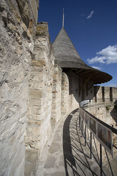 View of the main entrance tower of Soroca Fortress | Fortezza Soroca | Moldavia