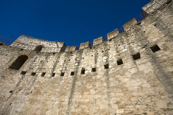 Looking up one of the watchtowers of Soroca Fortress | Soroca Fortress | Moldova