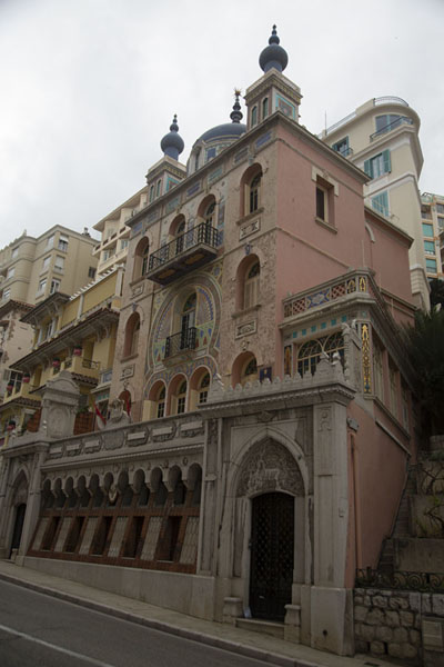 Foto van Quirky embassy building in MonacoMonaco stad - Monaco