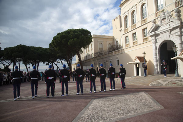 Changing the guard at the palace of Monaco | Monaco ville | Monaco