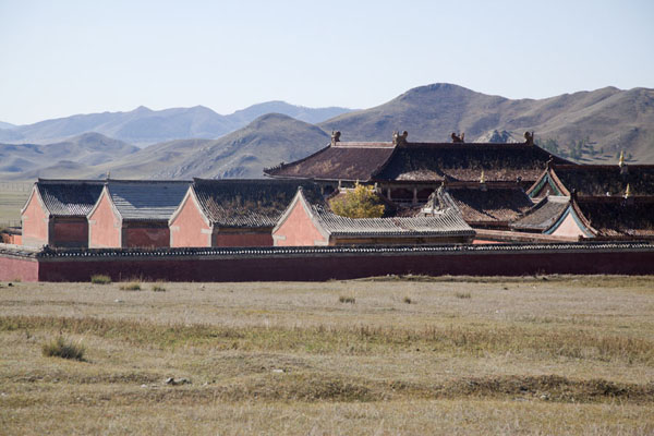 Picture of The complex of Amarbayasgalant Khiid seen from a distanceAmarbayasgalant Khiid - Mongolia