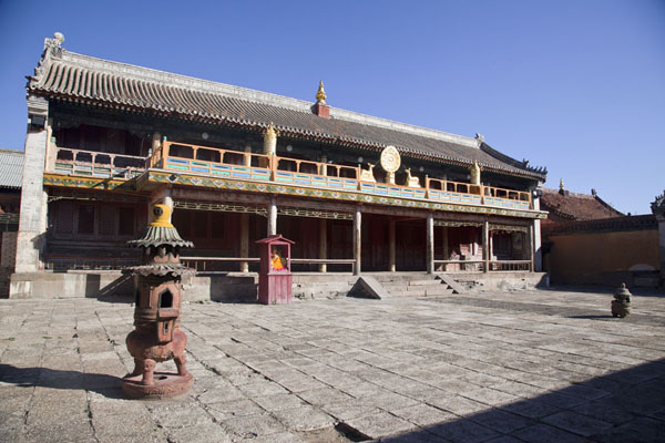 Sakyamuni Buddha Temple stands right behind the main temple | Amarbayasgalant Khiid | Mongolia