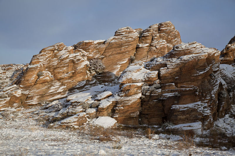 Rock formation covered in fresh snow | Baga Gazryn Chuluu | Mongolia