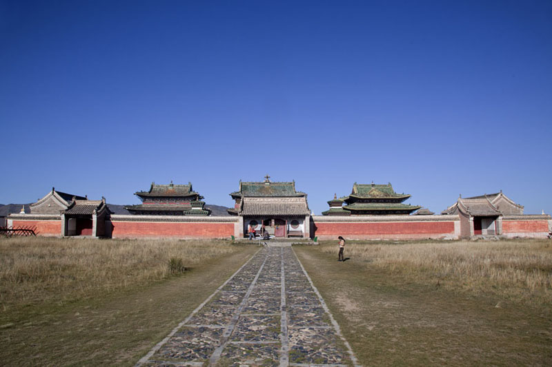 The stone pathway to the main temples, Barun Zuu, Zuu of Buddha, and Zuun Zuu | Erdene Zuu Khiid | Mongolia