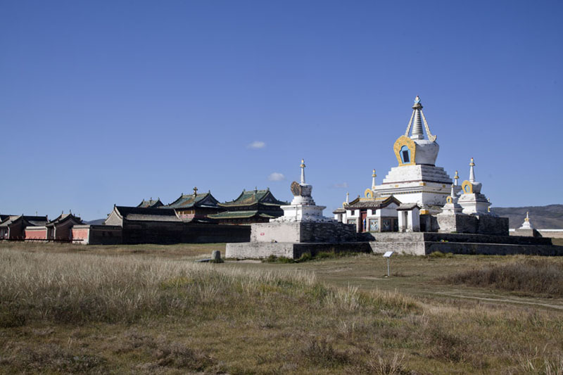The Golden Prayer Stupa with the main temples on the left hand side | Erdene Zuu Khiid | Mongolia