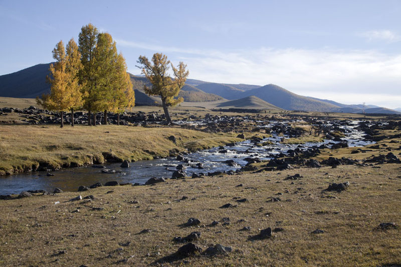 Photo de River running through the valley just above Orkhon waterfallVallé Orkhon - Mongolie