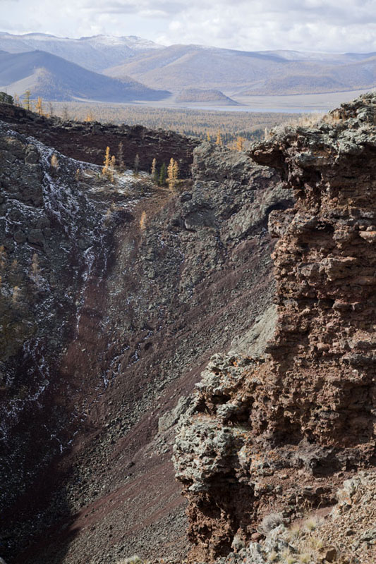 Steep cliffs at the crater of Khorgo Uul | Terkhiin Tsagaan Nuur | Mongolia