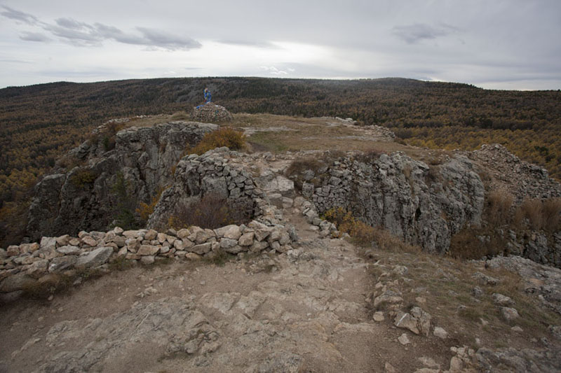Picture of Tövkhön Khiid (Mongolia): The top of the rock formation of Tövkhön Khiid