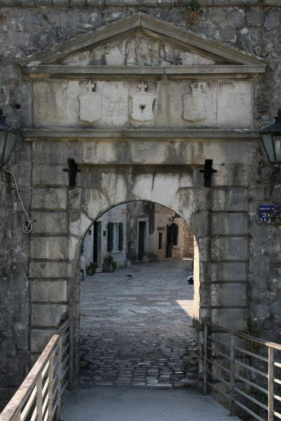 Foto van The North Gate, or River Gate, reached by crossing a bridgeKotor - Montenegro