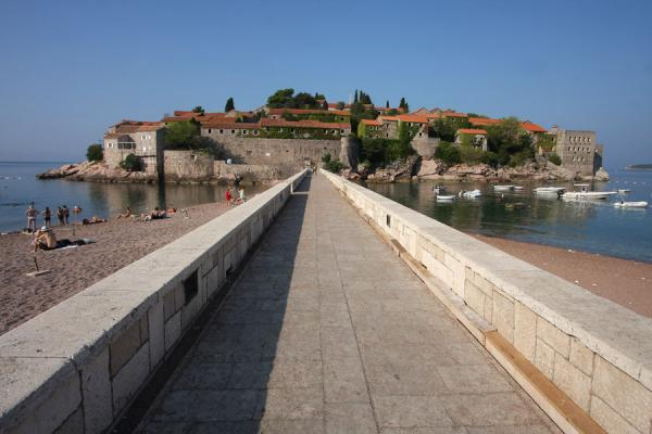 Foto van Walkway to Sveti Stefan in the early morning - Montenegro - Europa