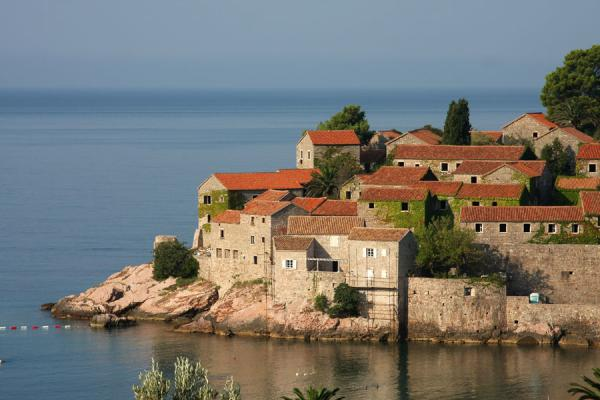 Photo de One side of Sveti StefanSveti Stefan - Montenegro