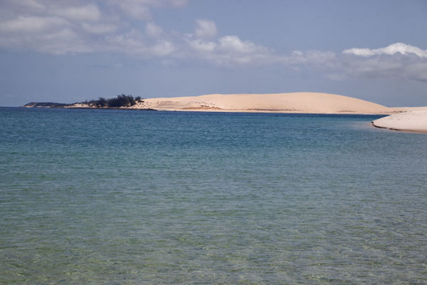 Sand dunes rising out of the sea at Bazaruto Island | Bazaruto Island sand dunes | Mozambique