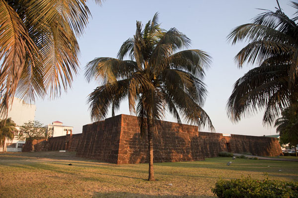 Photo de Fortaleza de Nossa Senhora de Conçeicao that once defended Maputo - Mozambique - Afrique