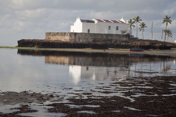 Picture of Ilha de Moçambique (Mozambique): The Fortim-Igreja de Santo António reflected in the waters of Ilha de Moçambique