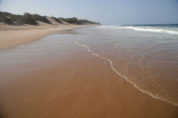 Foto van Empty beach at TofinhoTofo - Mozambique