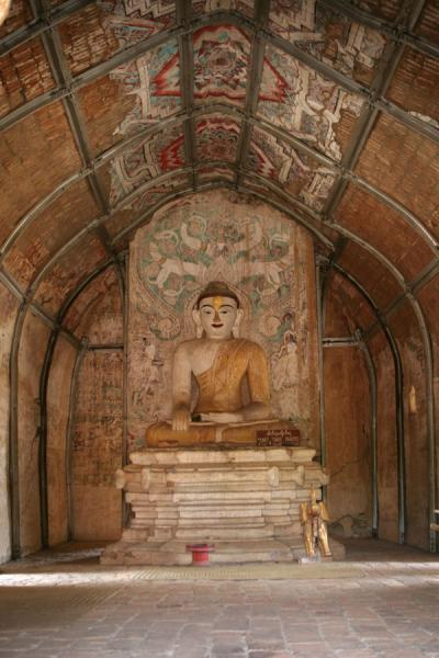 Inside one of the many temples | Bagan | Myanmar (Burma)