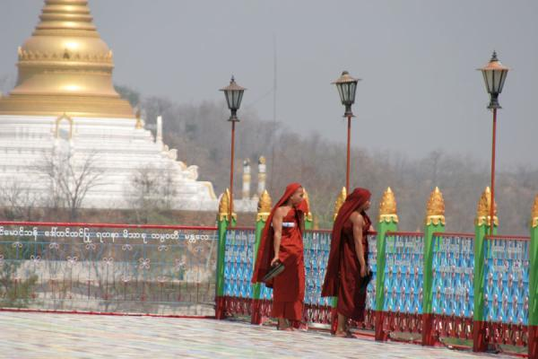 Picture of Myanmar monks (Myanmar (Burma)): Monks outside a temple at Sagaing