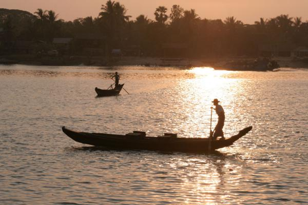 Picture of Pathein (Myanmar (Burma)): Shadow of boatman on Pathein river