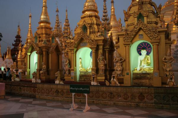 Shwedagon Pagoda at dusk | Shwedagon Pagoda | Myanmar (Burma)