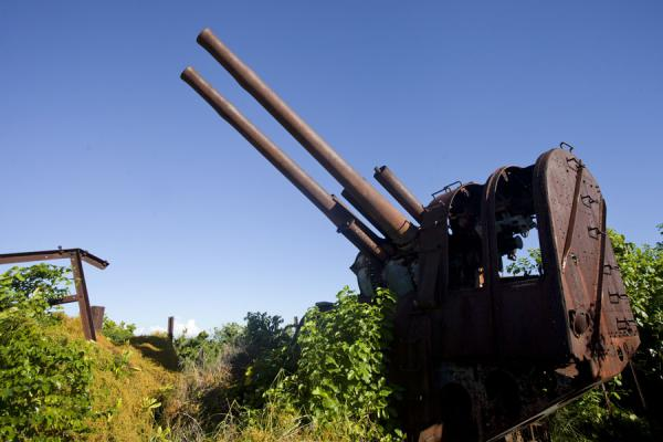 Foto di Nauru (World War II Japanese anti-aircraft installation on Command Ridge)