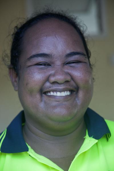 Photo de Having fun with a Nauruan womanGens du Nauru - Nauru