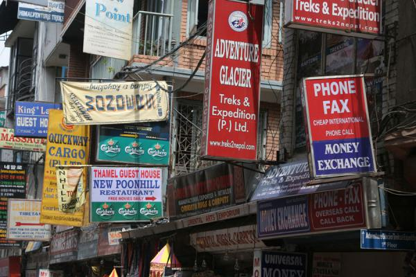 Foto de Close-up of street signs in Thamel, hippie district of KathmanduKathmandú - Nepal