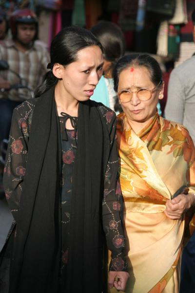 的照片 Nepalese women, mother and daughter? - 尼泊尔