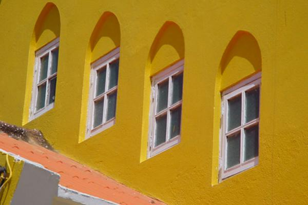 Row of windows in a house in Curacao | Curacao windows | Netherlands Antilles