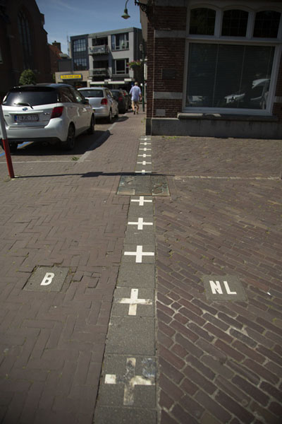 Picture of Baarle (Netherlands): The border at the Singel in the centre of Baarle