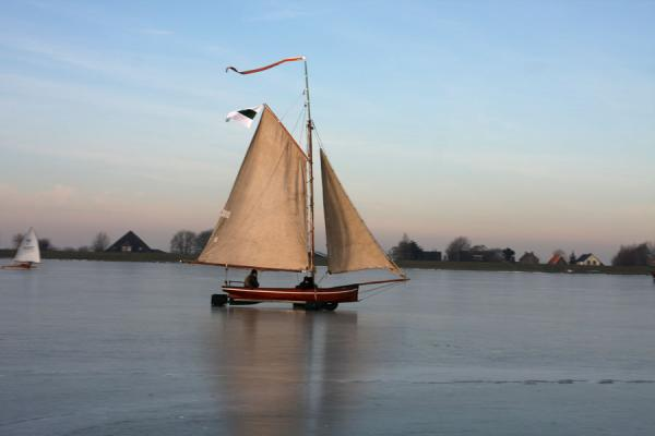 Picture of Natural Ice pastime (Netherlands): Sailing on a frozen Gouwzee near Monnickendam