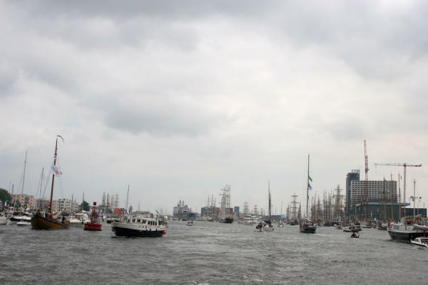 Picture of Sail Amsterdam seen from a distance: the skyline of Amsterdam changed for a few days