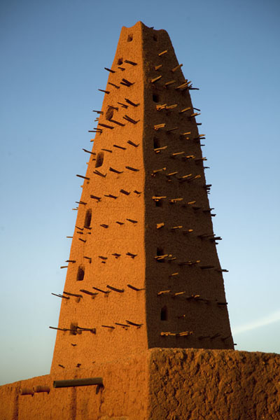 View of the spiked minaret of the early 16th century Big Mosque of Agadez | Agadez Big Mosque | Niger