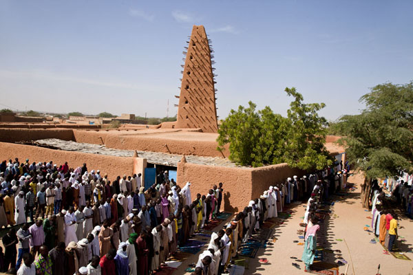 Friday afternoon prayer at the Big Mosque of Agadez | Agadez Big Mosque | Niger