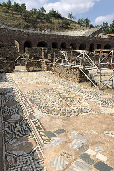Photo de Rich mosaics in the ancient city of Heraclea Lyncestis - Macédoine du Nord - Europe